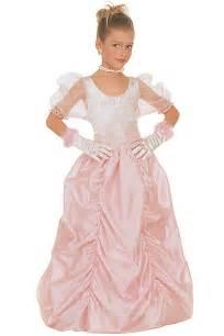 robe de mariã e princesse disney déguisement robe de princesse