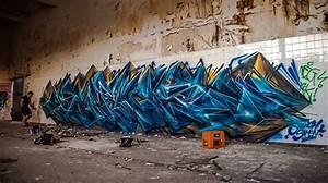 Amazing graffiti writing time lapse of sofles in melbourne for Amazing graffiti writing time lapse of sofles