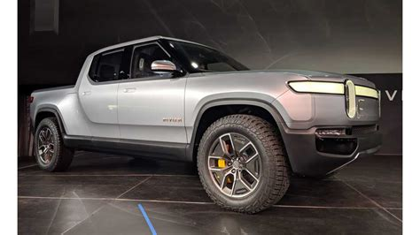 rivian talks rt electric truck rs suv sales expectations