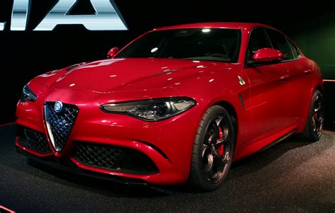 alfa romeo giulia qv with 510ps official details and high res images carscoops com