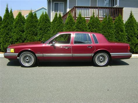 1990 Lincoln Town Car  Information And Photos Momentcar