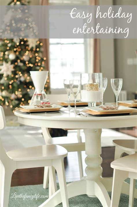 simple table setting for dinner a simple holiday dinner table setting with soma