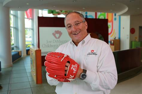 years red glove salutes joe dimaggio childrens hospital