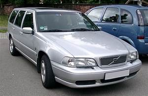 4 4 Volvo : volvo v70 2 4 2005 auto images and specification ~ Medecine-chirurgie-esthetiques.com Avis de Voitures