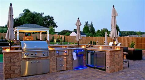 Kitchen Photos Ideas - modern outdoor kitchen design quecasita