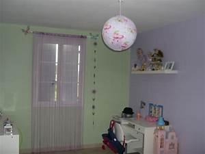 Plafonnier Chambre Fille : chambre de ma fille 9 ans 6 photos claire ~ Teatrodelosmanantiales.com Idées de Décoration