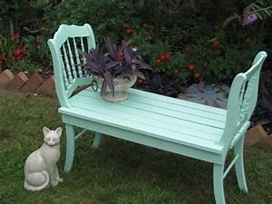 Tisch Mit Steinplatte : eine gartenbank aus zwei alten st hlen zusammenstellen lieblingsgarten ~ Frokenaadalensverden.com Haus und Dekorationen