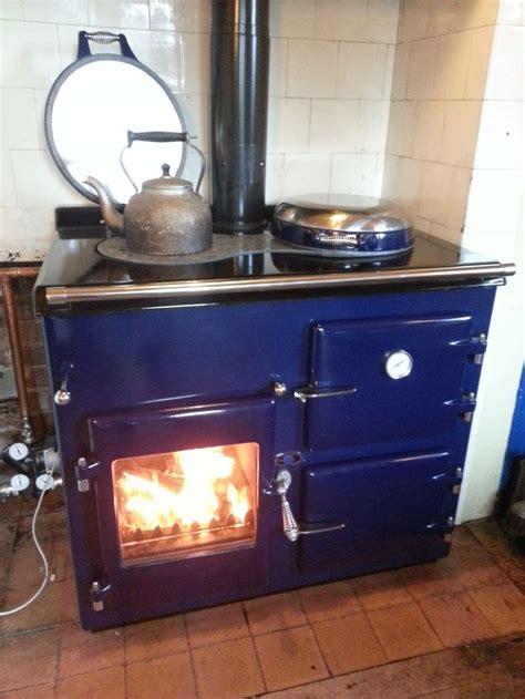 aga rayburn wood burning range   wood stove