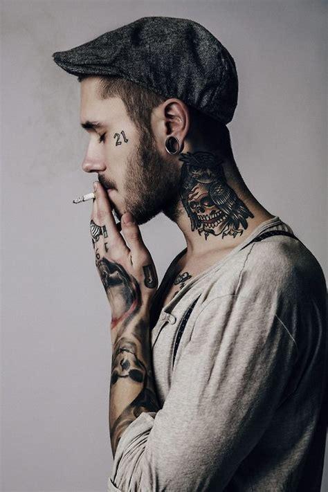 Tatouage Cou Homme Tatouage Cou Homme 15 Motifs De Tatouages Cou Pour Les Hommes