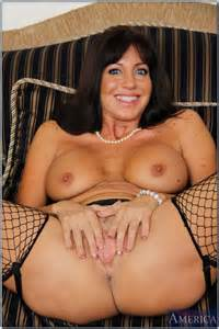 filthy milf babe seducing in her slutty lingerie photos tara holiday milf fox