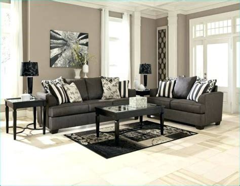 Decorating Ideas Grey Sofa by What Colour Walls Go With Charcoal Grey Sofa