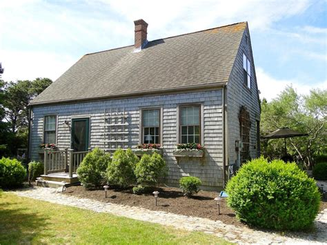 Surfside Vacation Rental Home In Nantucket Ma 02554, 1/2
