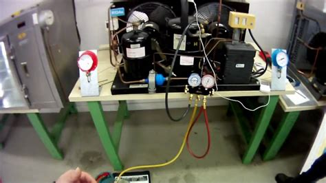 r22 fan cycling pressure apprentice charging a refrigeration system youtube