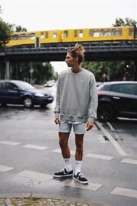 Richy Koll - Nike Sneakers Nike Socks Urban Outfitters Shorts Nike Sweatshirt Lifestyle ...