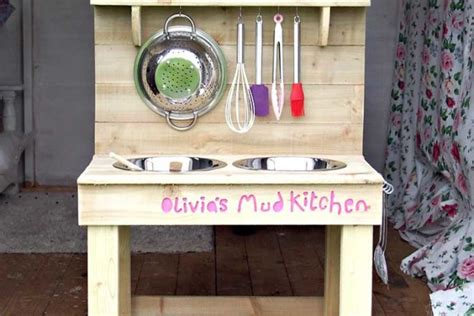 ingredients  creating  ultimate mud kitchen