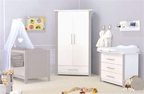 chambre de bébé pas chere chambre complete bebe pas cher table de lit