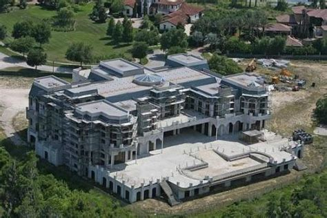 Top  Largest Houses In The World