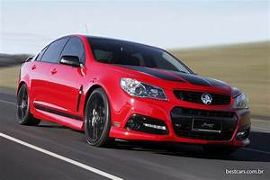 Holden Commodore V8 Supercar Specs