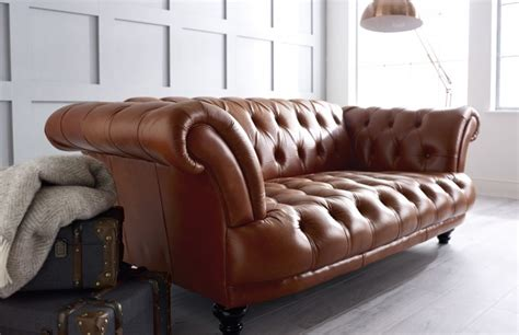vintage brown leather sofa edmund vintage brown leather sofa chesterfield company 6782