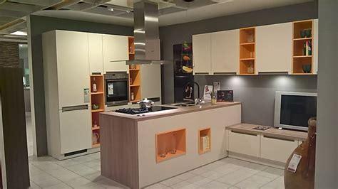 Global Küchen-musterküche Wohnküche Xxl
