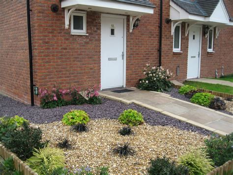 how to make a gravel garden low maintenance garden ideas gravel gardens garden gravel ideas