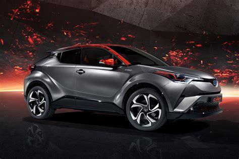 High-power hybrid Toyota Auris | Parkers