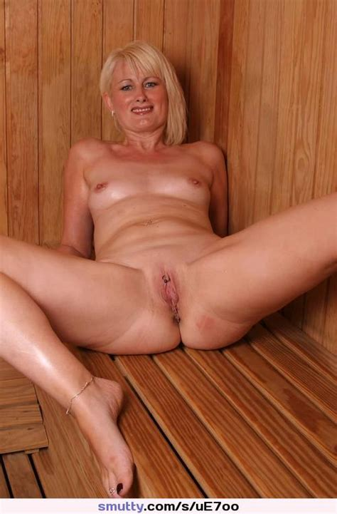 Mature Milf Sauna Sweaty Hot Mom Sexy Spreading