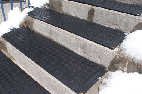 Outside Door Mats For Steps by Heated Entrance Mats Heated Stair Treads Floormat