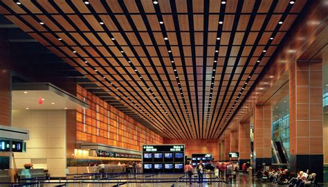 som logan international airport international gateway