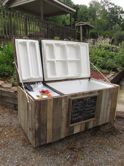 awesome rustic cooler  broken refrigerator  pallets