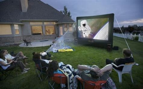 open air cinema home outdoor  projection projector