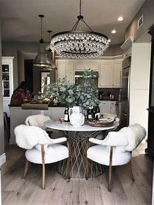 Magnificent, Dining, Room, Decoration, With, Round, Tables