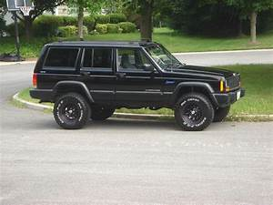1997 Jeep Cherokee - Overview