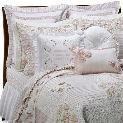 shabby chic brand bedding vintage chic cbell queen quilt cabbage roses pink