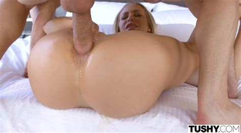 Nicole Aniston Anal On The First Date 2017