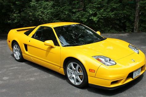 Acura Nsx 2004 by Find Used 2004 Acura Nsx Yellow Pearl Onyx 6 Spd