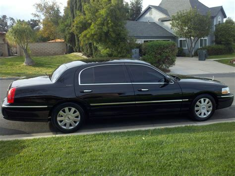 Limo Town Car Service by Executive Town Car Sedan The Limo And Sedan
