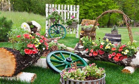 Dekoelemente Garten beautify your garden with the help of garden accents