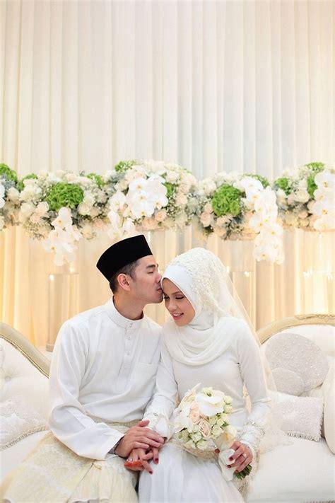 pin  rish melwood  cute poses perkawinan dekorasi