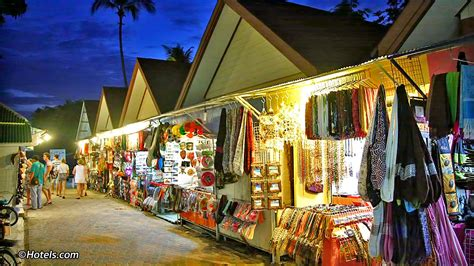 top  shopping  phi phi island  places  shop