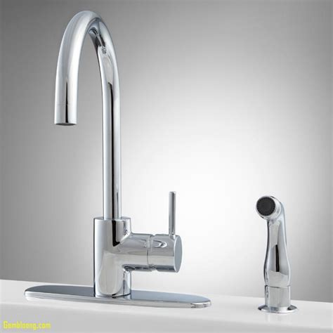 kitchen faucet aerators 24 where is the aerator on a kitchen faucet kitchen seasons