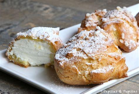 dessert avec de la chantilly dunes blanches chouquettes fourr 233 es 224 la cr 232 me chantilly vanill 233 e