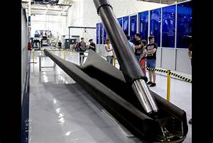 SpaceX Falcon 9 Rocket Gets Landing Legs For Upcoming ...