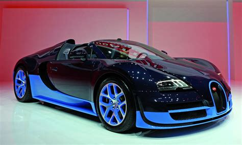 Awesome Bugatti Veyron Grand Sport Vitesse Wallpaper