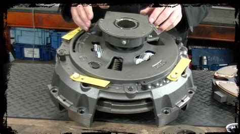 Self-adjusting Heavy Commercial Clutch Kits