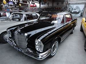 Mercedes 220 Coupe : 1965 mercedes benz w111 112 220 se coup black classic driver market mercedes pinterest ~ Gottalentnigeria.com Avis de Voitures