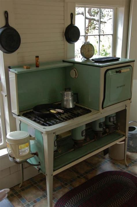 small vintage oven good questions