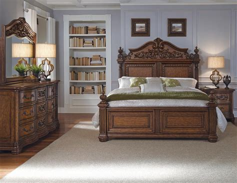 Pulaski King Bedroom Set Repurposed Kitchen Island Ideas Small Living Room Design Images Outdoor For Spaces White And Brown Kitchens Idea Light Fixtures Cupboards