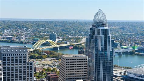 carew tower observation deck wedding you can t beat this carew tower view cincinnati refined