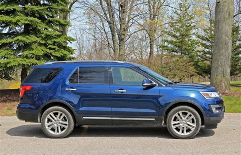suv review  ford explorer limited driving